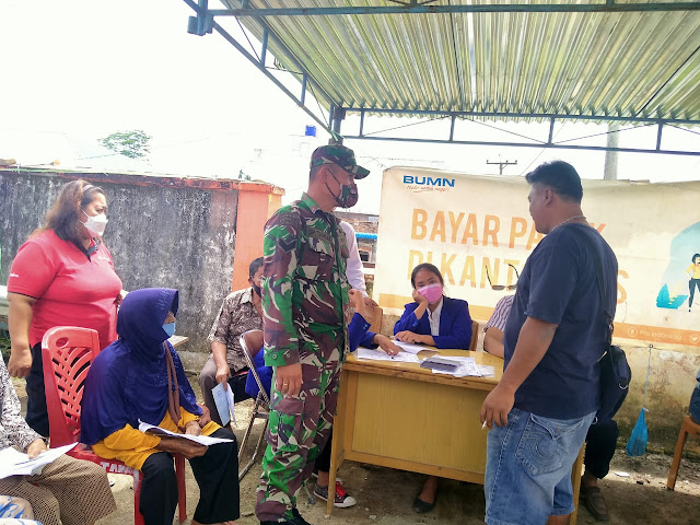 Dalam Rangka Pembagian BST Diwilayah, Personel Jajaran Kodim 0207/Simalungun Turut Monitor Pelaksanaannya