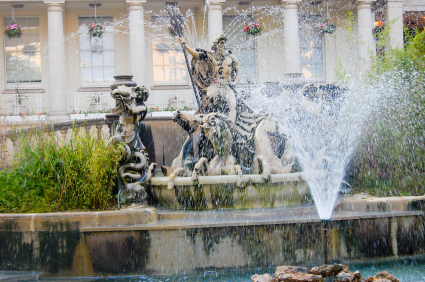 Neptune Fountain, Cheltenham