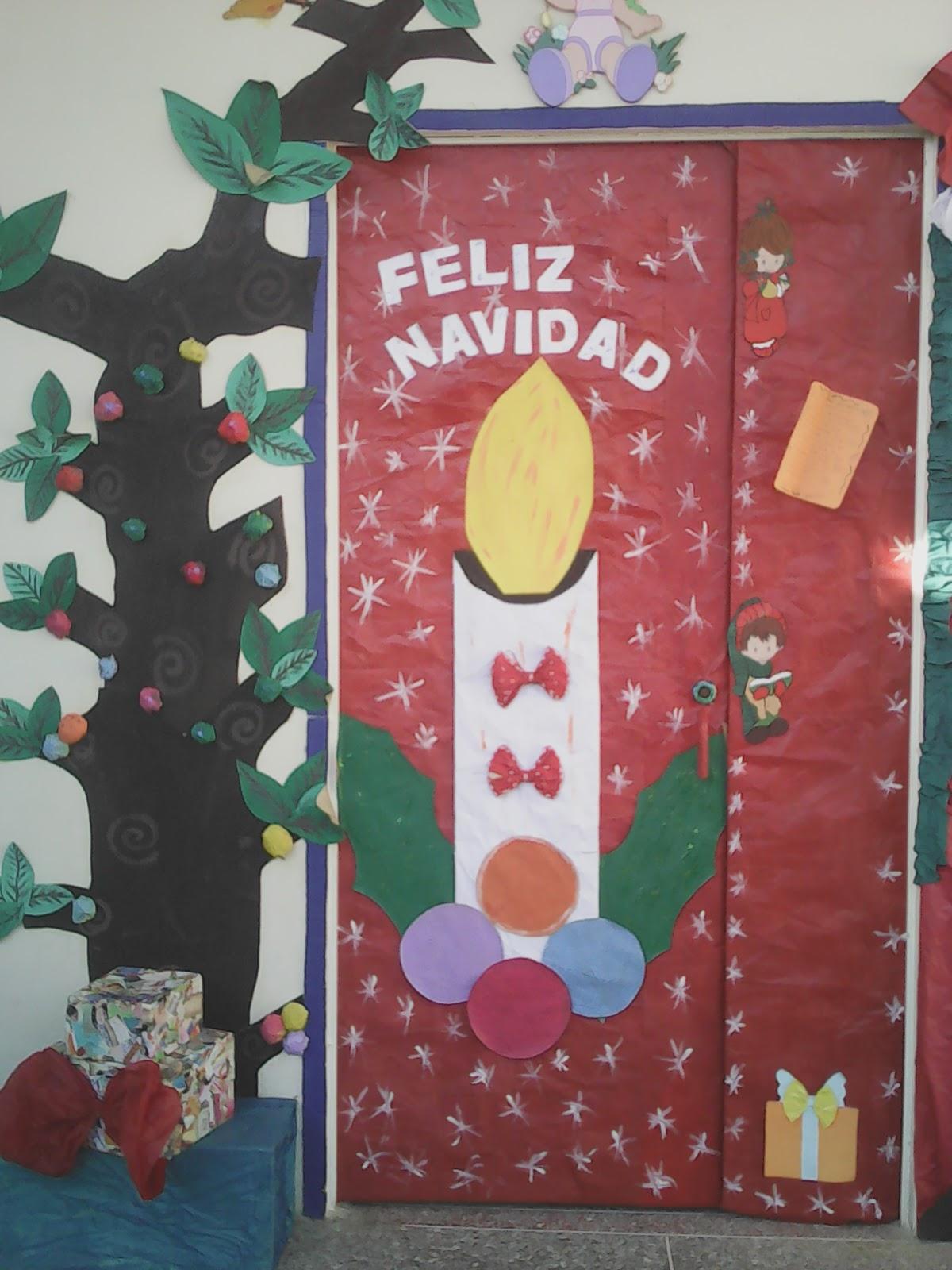 Cajitas de sue os marzo 2016 for Puertas decoradas navidad material reciclable