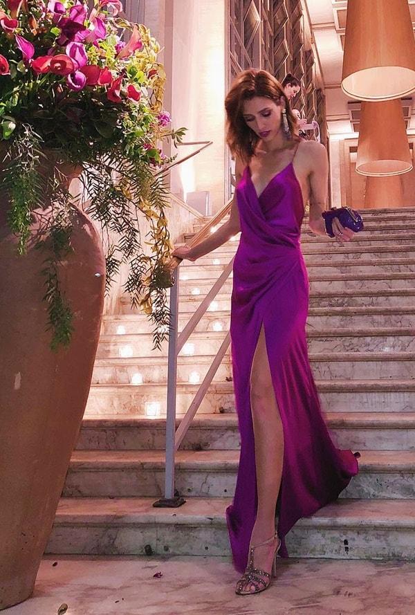 vestido longo fucsia transpassado