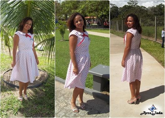Vestido rodado de poá estilo anos 50