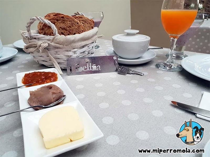 Desayunos en la Casa Rural A Cantaruxa Maruxa