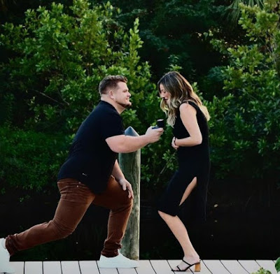 Daniel Vogelbach proposing his girlfriend Kristina Russii to be his wife