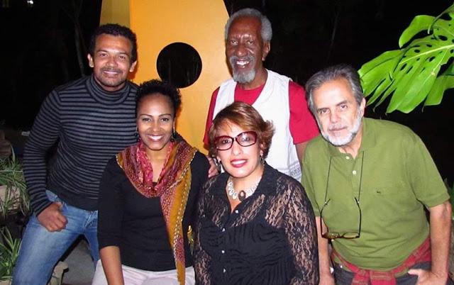 Ivone Sol com artistas
