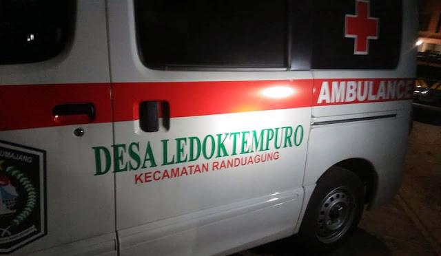 Ambulans Desa Ledoktempuro diamankan Polisi di Sampang Madura