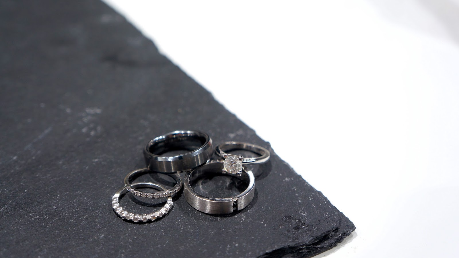 How To Pick A Matching Wedding Band For Her Engagement
