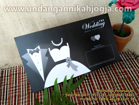Undangan pernikahan softcover khas Jogja