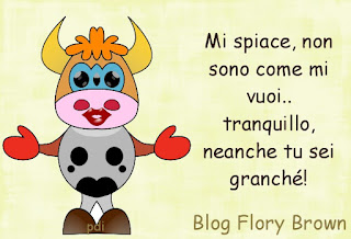 mucca tipo cartoon con il rossetto