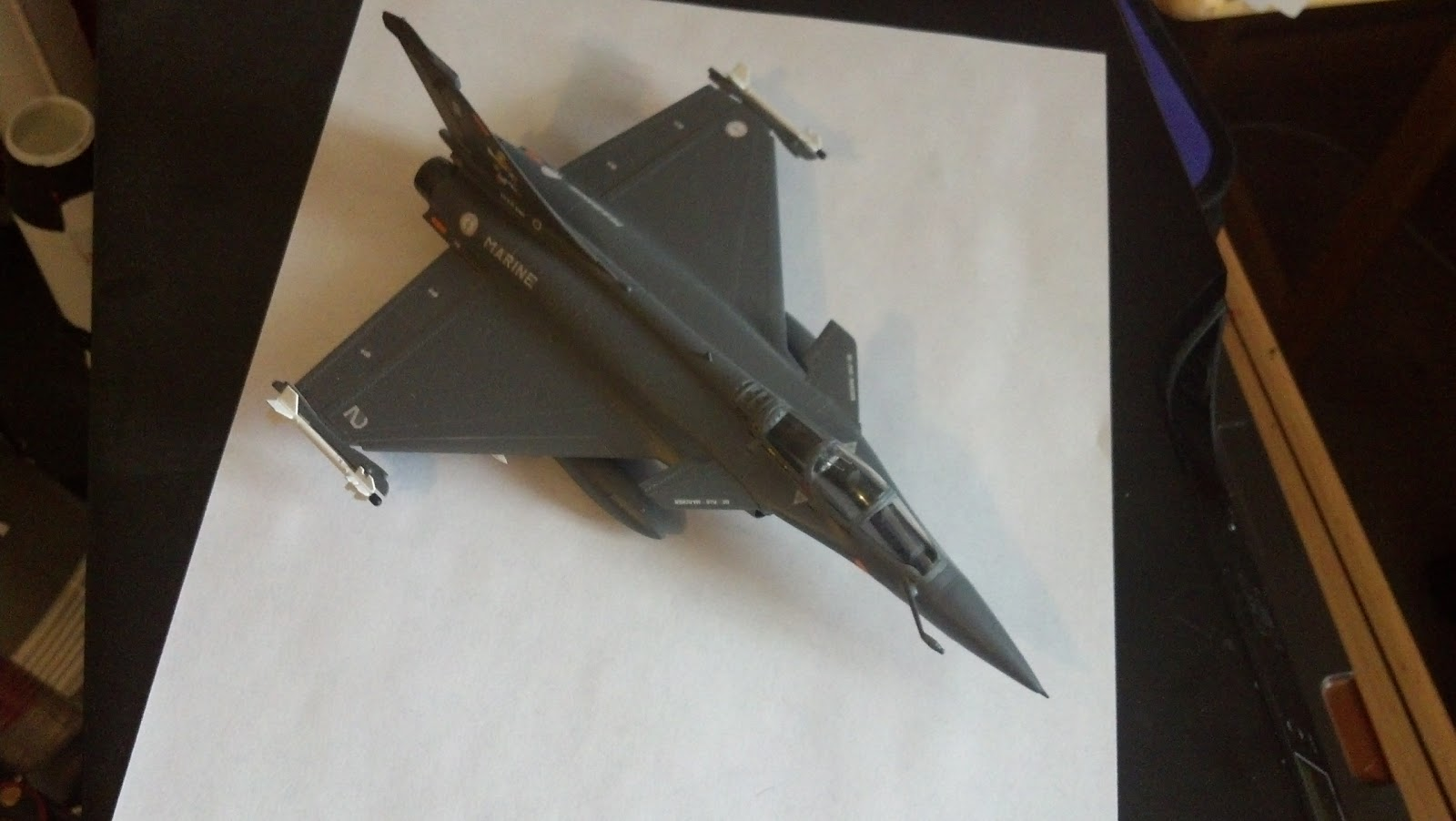 From the sky to my Desk: 1/72 Italeri Dassault Rafale Aéronavale