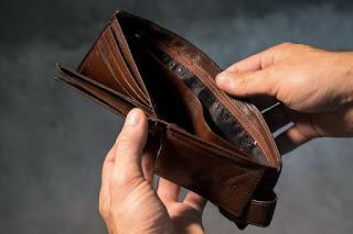 Masalah Keterlambatan dalam Pembayaran dan Kepailitan