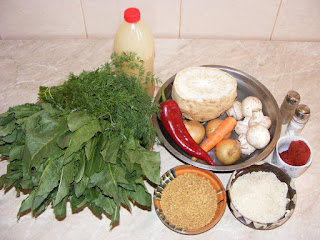 retete cu stevie hrean orez soia ceapa ardei morcovi ciuperci marar telina si bulion, cum facem sarmale de post in frunze de stevie si hrean, retete de post cu legume ingrediente si preparare,