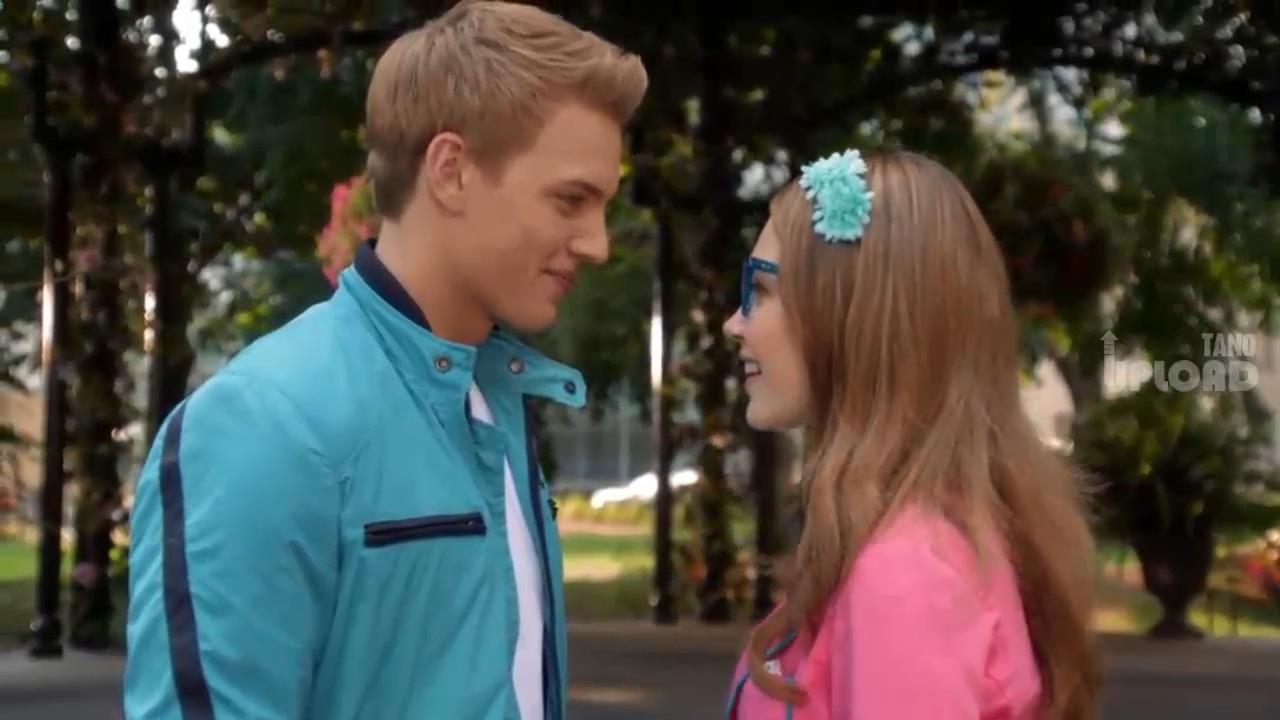 Pelicula en como disney espanol ideal chico al completa crear Disney Channel