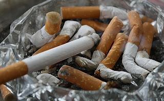 أطعمة لها نفس تأثير السجائر على الصحة