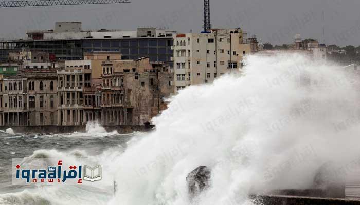 بالصور.. إعصار إيرما المدمر يصل فلوريدا