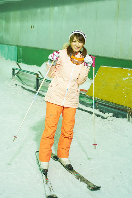 Hisamatsu Ikumi 久松郁実 SNOW ROMANCE Images 05