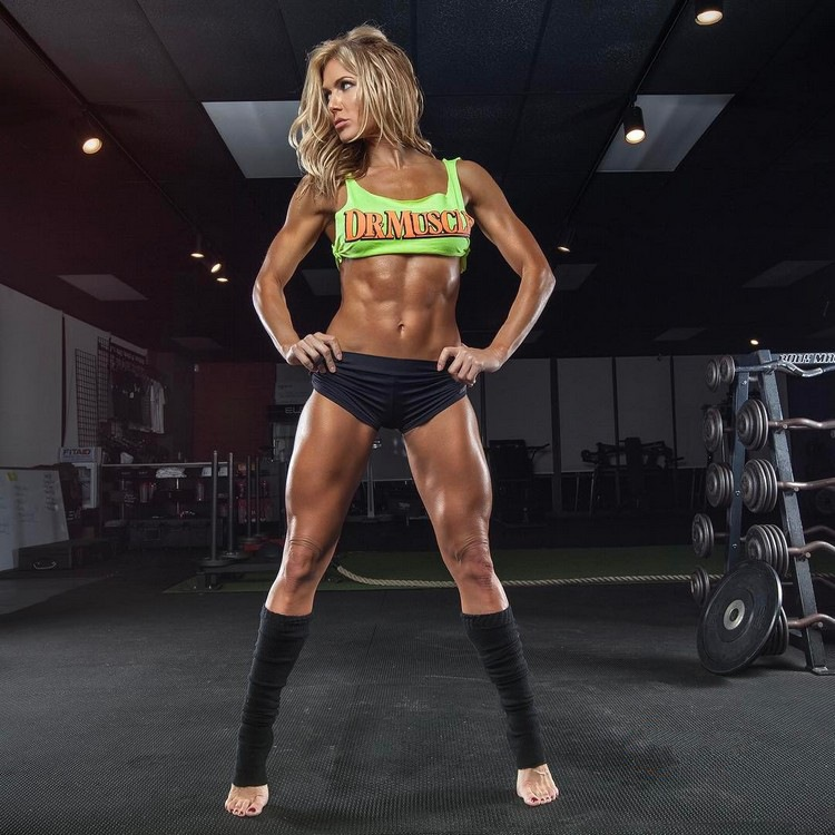 Torrie Wilson Hot Fitness Model WWE