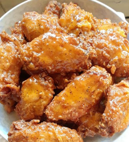 Fried Wing Flats Drizzled With Honey Lemon Pepper