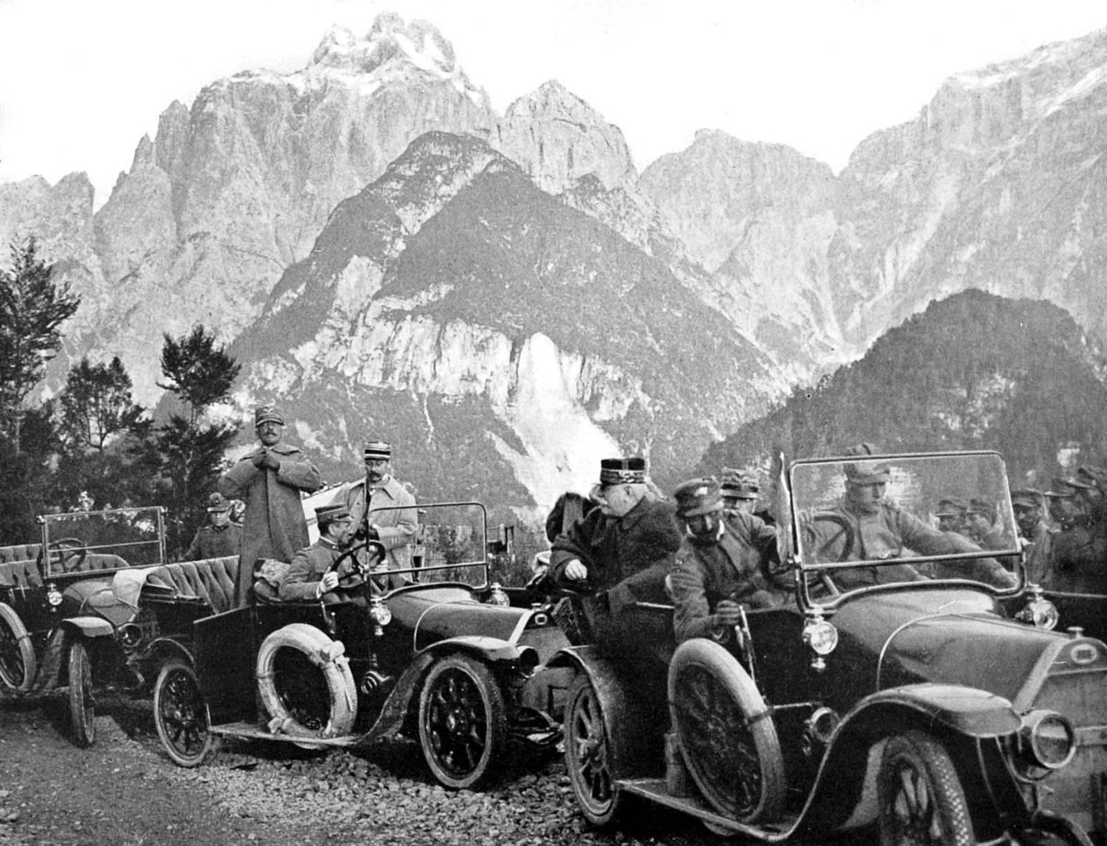 Italian generals in the Carnic Alps. 1915.