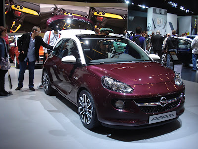 Opel Adam front cherry