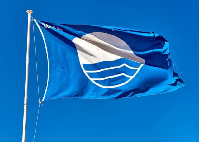4 από τις 5 γαλάζιες σημαίες στην Αργολίδα σε παραλίες του Δήμου Ναυπλιέων