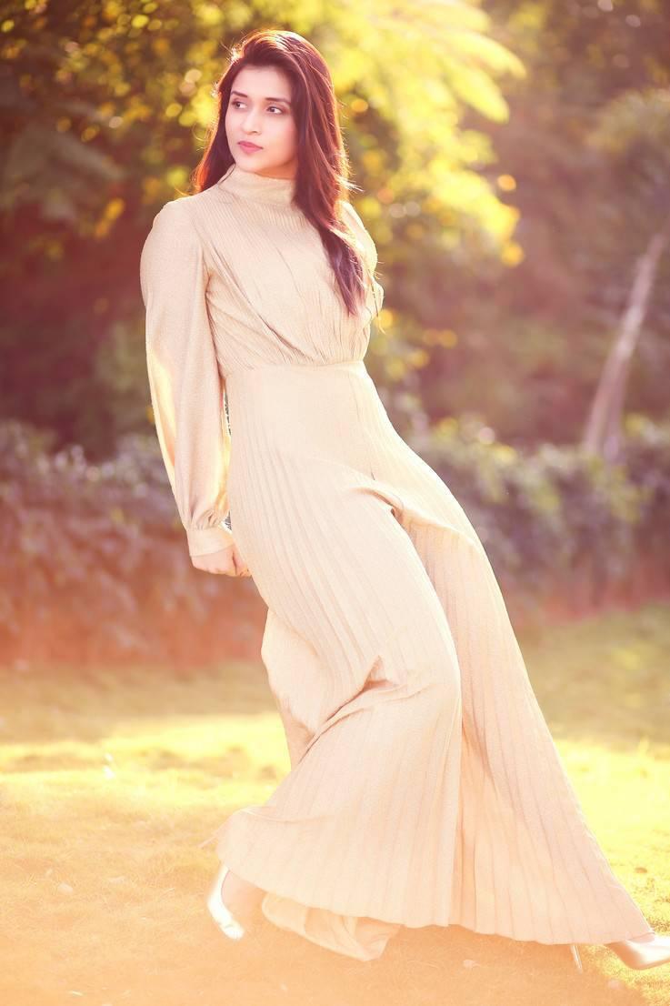 Mannara Chopra Photoshoot Stills In Cream Colour Dress -3550