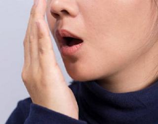 Cara Menghilangkan Bau Mulut Secara Alami