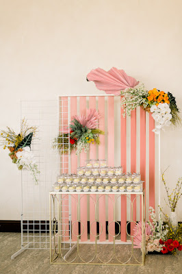 pink cupcake display
