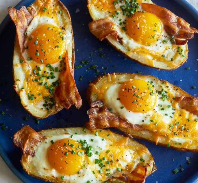 Twice Baked Breakfast Potatoes #healthy #brunch