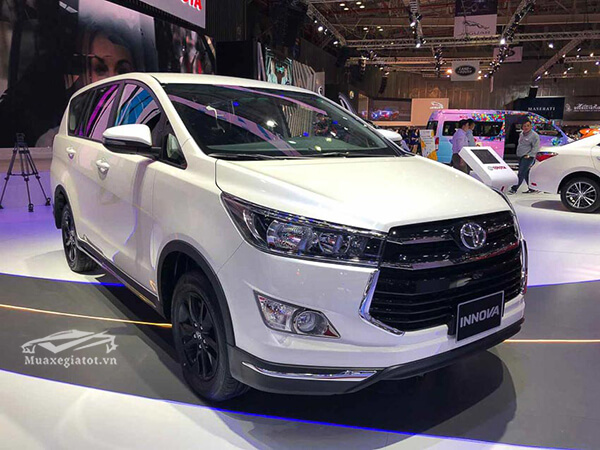 Review Toyota Innova 2019