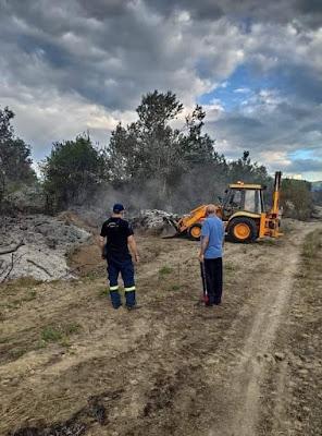 Κατάσβεση πυρκαγιάς από την Πυροσβεστική Υπηρεσία Βέροιας