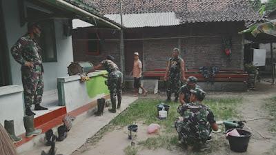 15 Anggota Koramil/09 Pituruh, Lakukan Karya Bakti TNI Satkotwil Semester II di Mushola Al-Ikhlas Desa Girigondo