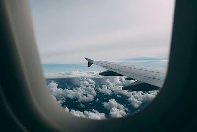 كيف يؤثر السفر بالطائرة على الجسم