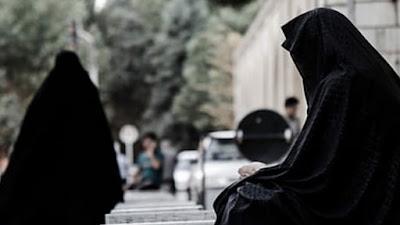 Hukum Pakai Baju Hitam saat Pemakaman