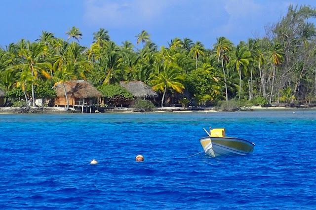 lagoon Fakarava French Polynesia