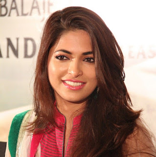 Parvathy Omanakuttan Biography Age Height, Profile, Family, Husband, Son, Daughter, Father, Mother, Children, Biodata, Marriage Photos.