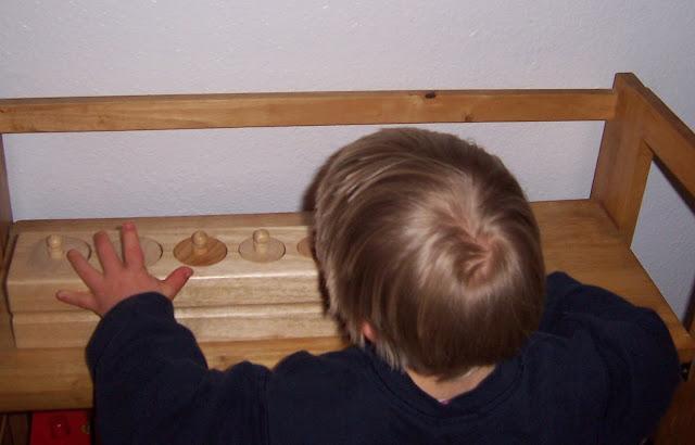 2 to 3 Montessori