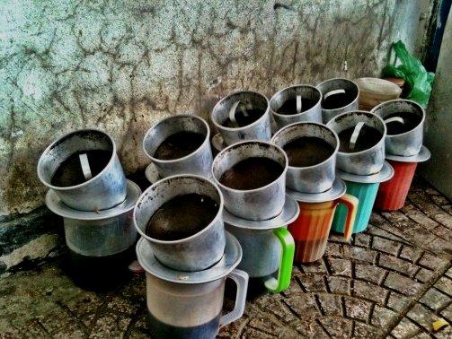 Quán cà phê nào ở Sài Gòn bình yên và lãng mạn nhỉ các bợn ơi