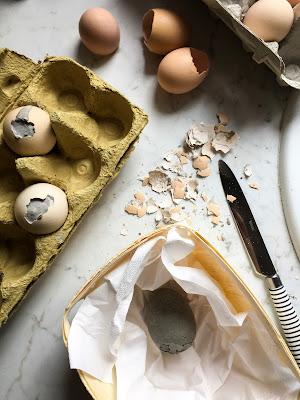 Ausgeblasene Eier Auskochen
