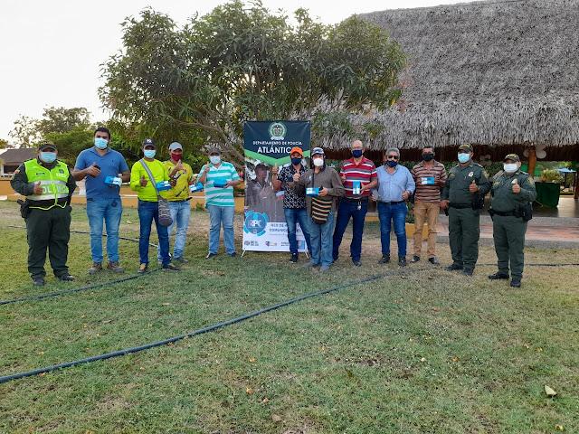 POLICÍA DEL ATLÁNTICO ENTREGA 350 CELULARES A LA RED DE PARTICIPACIÓN CÍVICA DEPARTAMENTAL