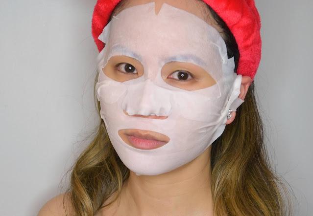 JLo Beauty That Limitless Glow Sheet Mask Selfie