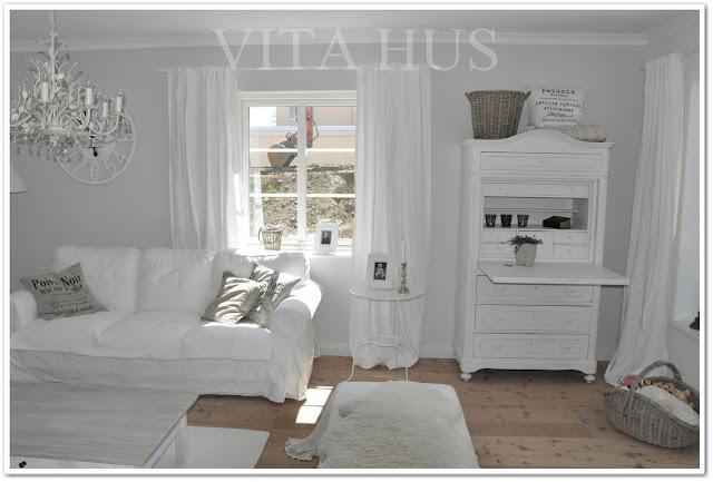 Wohnen in Weiss, Shabby Chic, Landhausstil, Weisses Wohnzimmer