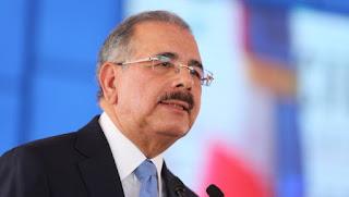 Presidente Medina promulga la Ley Policial