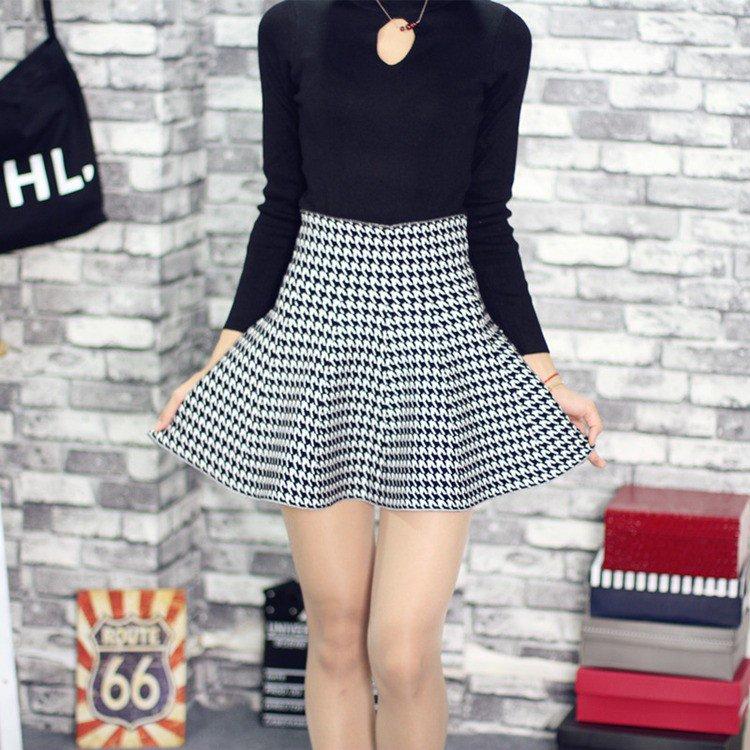 Korea Fashion: High Waist Houndstooth Flared Skirt