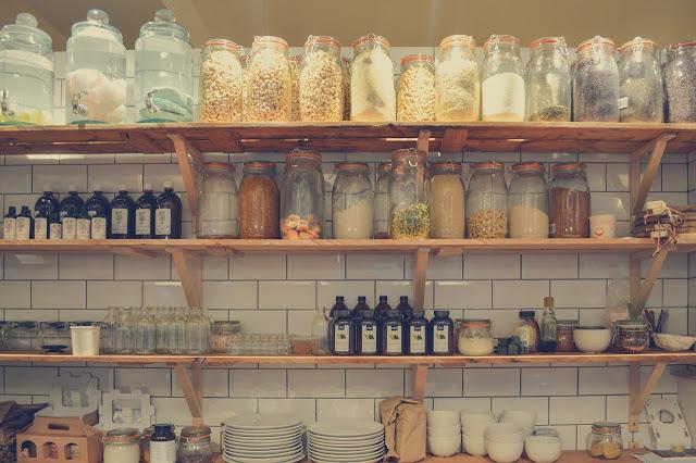 Penyimpanan Bahan Makanan Kering agar Aman