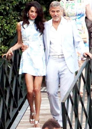 Foto de George Clooney de paseo con Amal Ramzi