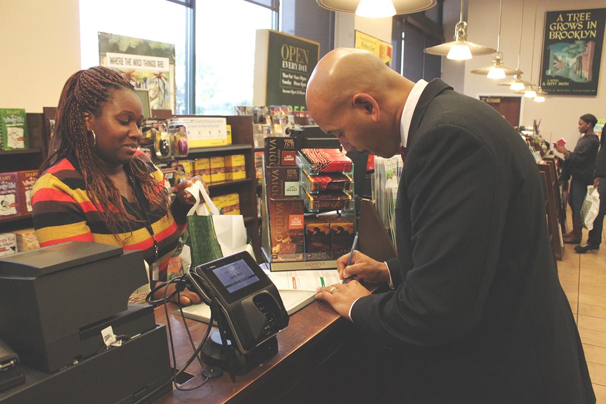 Riverdale Voice: Barnes & Noble Won't Leave Bronx?