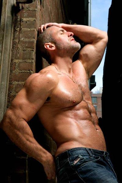 Gay Muscle Men Pics 60