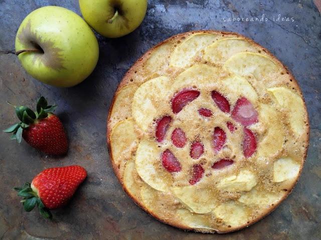 Torta de manzana y fresas - Saboreando Ideas