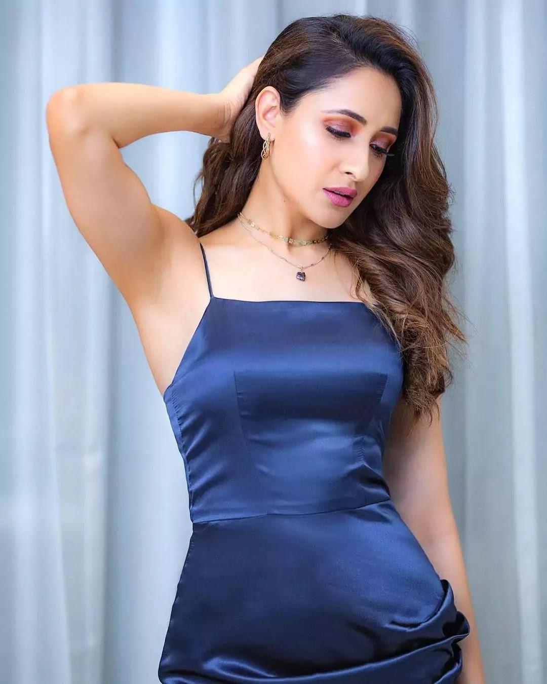 pragya-jaiswal-in-blue-thigh-high-slit-blue-midi-bodycon-dress
