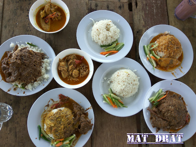 Nasi Dagang Pak Malau Makan Sedap di Langkawi